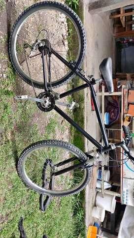 Bicicleta con suspensión