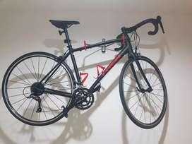 Bicicleta Trek Domane AL2 2020 Talla 54