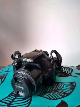 Canon EOS T3 con lente 50mm