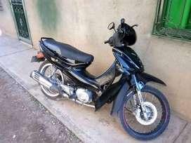 Se vende moto Auteco activ 110