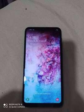 Samsung A10 con huella digital