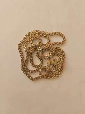 Vendo cadena en oro.italia..7.50 con factura