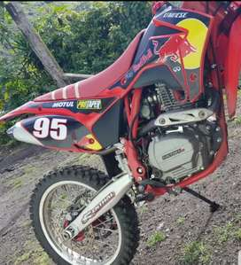 vendo bike factory J3. 2020 en buen estado .flamantita