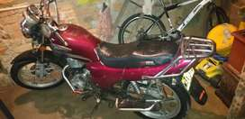 Vendo moto para reparar