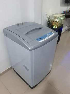 Se vende lavadora Samsung de 26 libras