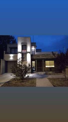 Rivadavia Mendoza Dueño Vende Casa Categoría