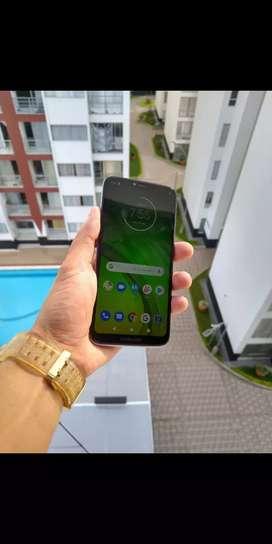 Motorola funcional sin detalles factura cargador garantía