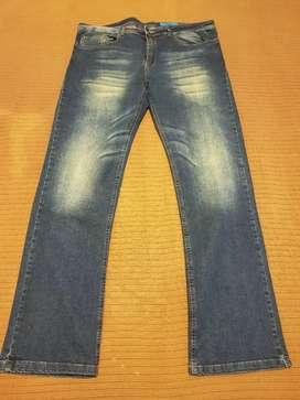 Pantalón de jeans Talle 40.