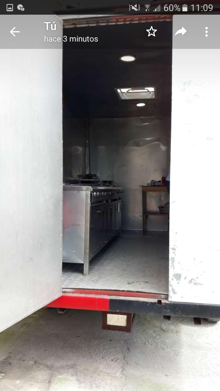 Camper Remolque movible con cocina 0