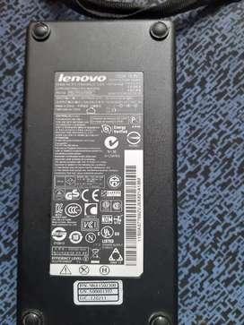 Remato cargador Lenovo Original 19.5 V -  7.7 amp. Acepto tarjeta de crédito