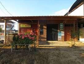 En venta terreno con pequeña casa