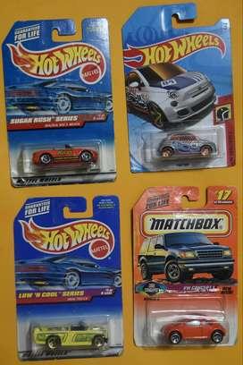 Hot Wheels y Matchbox Lote 4 Carros Coleccionables