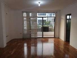 Departamento de alquiler en Colinas de Los Ceibos, 3 dormitorios, 1 parqueo