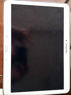 Vendo Samsung Galaxy Tab 4 SM-T530 Tablet - 10.1