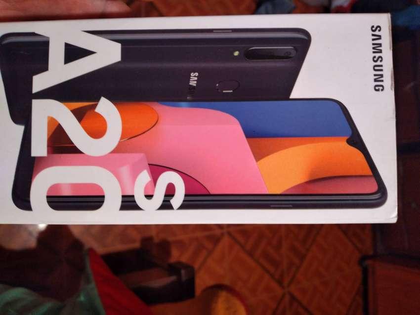 Vendo Samsung Galaxy A20s 0
