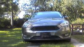 vendo Ford Focus 3 impecable 1.6 gris oscuro.