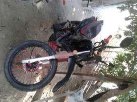 Busco trabajo en manta de repartidor tengo mi propia moto