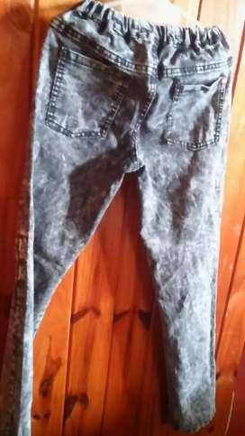 Jean nevado color gris
