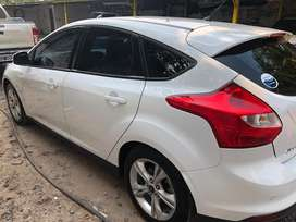 Ford Focus 2015 SE PLUS AT