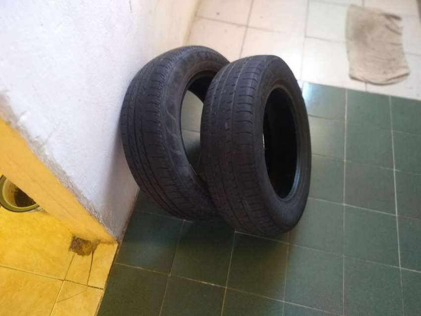 2 Neumáticos Como Nuevos 0