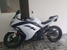 Kawasaki ninja 300 modelo 2013 cambio a carro de igual valor