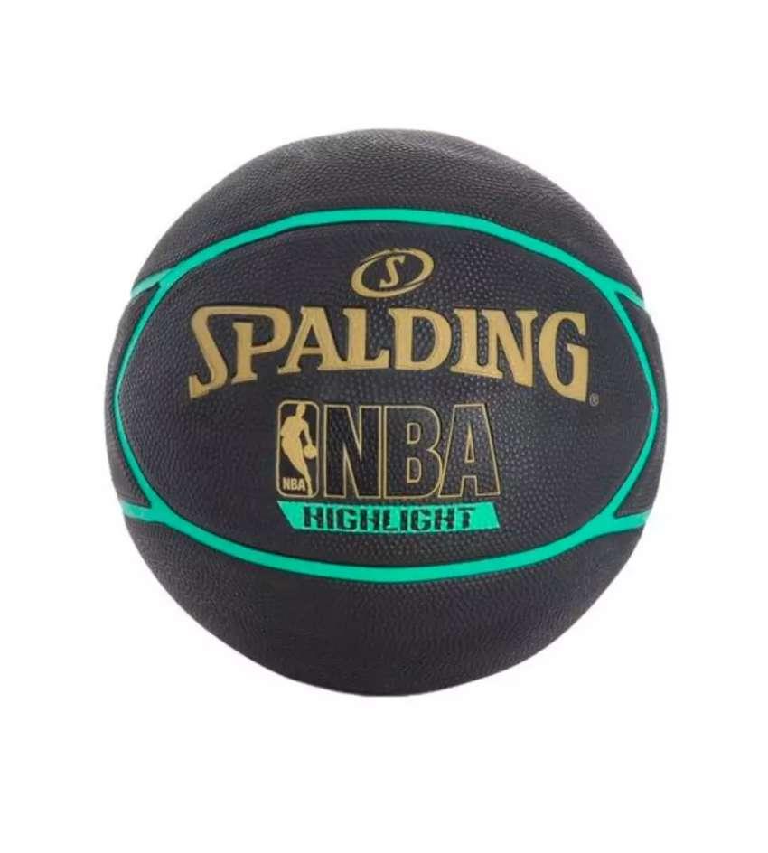 Balón de baloncesto Spalding 0
