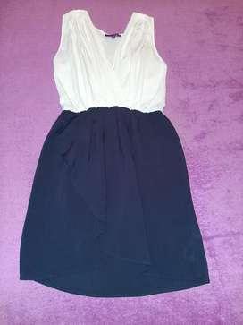 Vestido  casual talla S-M color blanco y azul