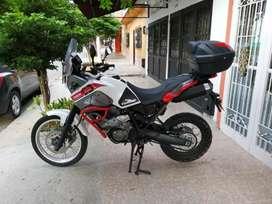Vendo, Moto Yamaha TENERE 660, en buenas condiciones. Precio 16'000.000