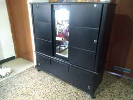 Closet color negro