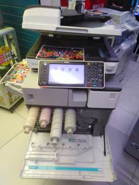Ricoh mpc 2503 full color laser A3