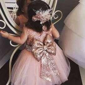 Lindo vestido de 0 a 12 meses