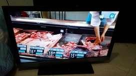 """TV Sony Bravia 32"""" LCD usado en buen estado"""