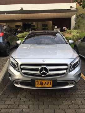 Hermoso Mercedes Benz GLA 200