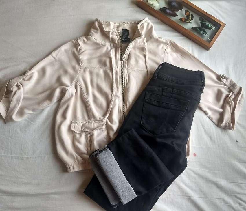 Blusa Cargo Talla S Y Mon Jeans Talla 28