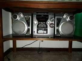 """Vendo TV LG 14 """" y equipo de sonido AIWA"""