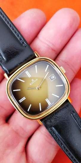 Reloj Suizo Edox a cuerda manual antiguo vintage