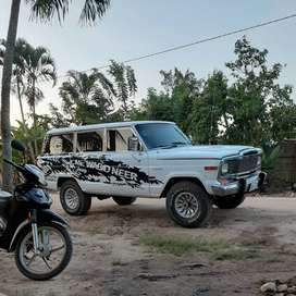 Camioneta jeep wagoneer