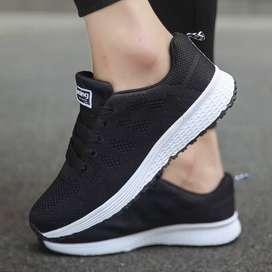 Zapatillas deportivas importadas talla 34 - 35