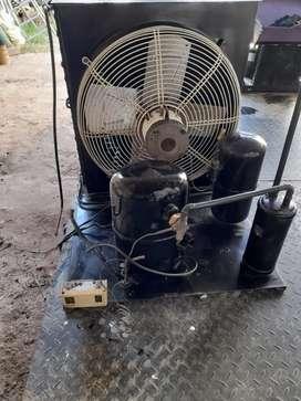 Unidad condensadora con gas refigerante