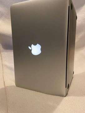 Macbook Air 11´´ 64 GB 2012