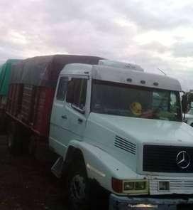 vendo camión enganchado con acoplado Montenegro