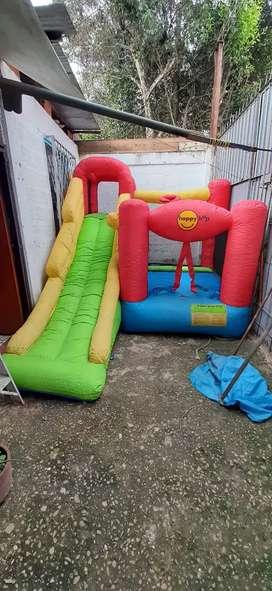 Se vende juego inflable niños