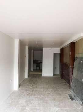 Renta de Local Ubicado en Av. De las Américas, Cerca de Pelucas y Postizos.