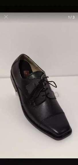 Vendo zapatos de hombre nuevos