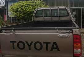 Se vende camioneta doble cabina