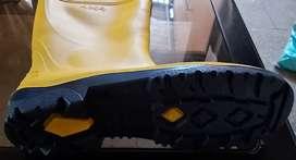 Botas PVC plásticas impermeables