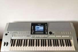 Teclado Yamaha PSR - S910