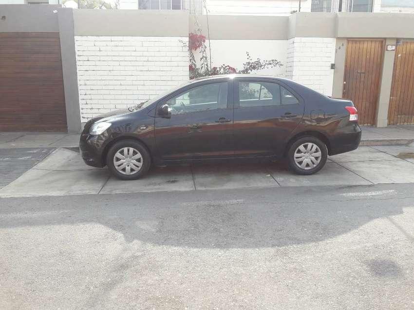 Toyota Yaris 2013 Único Dueño 1.3 CC Excelente Estado 0