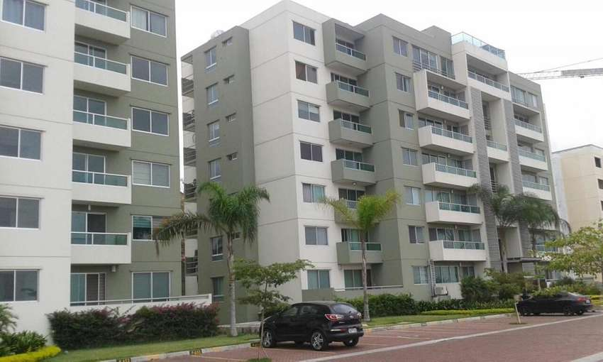 Alquilo Suite Amoblada Tipo Loft en La Vista Towers (Cerca Citymall) 0