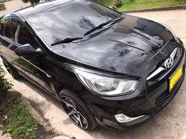 Hyundai i25 rin 17 seguro hasta enero, Aa